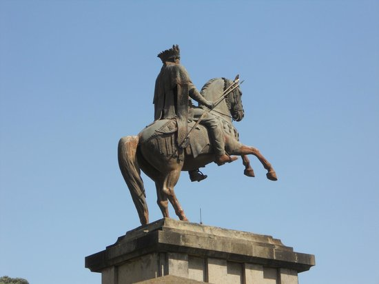 Statue of Emperor Minilik II